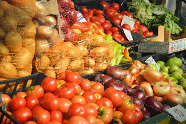 Food 006 – Marktstand - Whomp.de